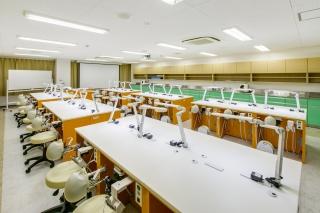マネキン実習室